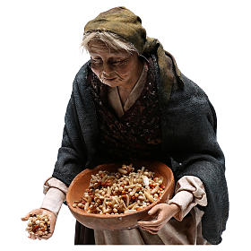 Old woman with seeds, 30 cm Angela Tripi Nativity Scene s4