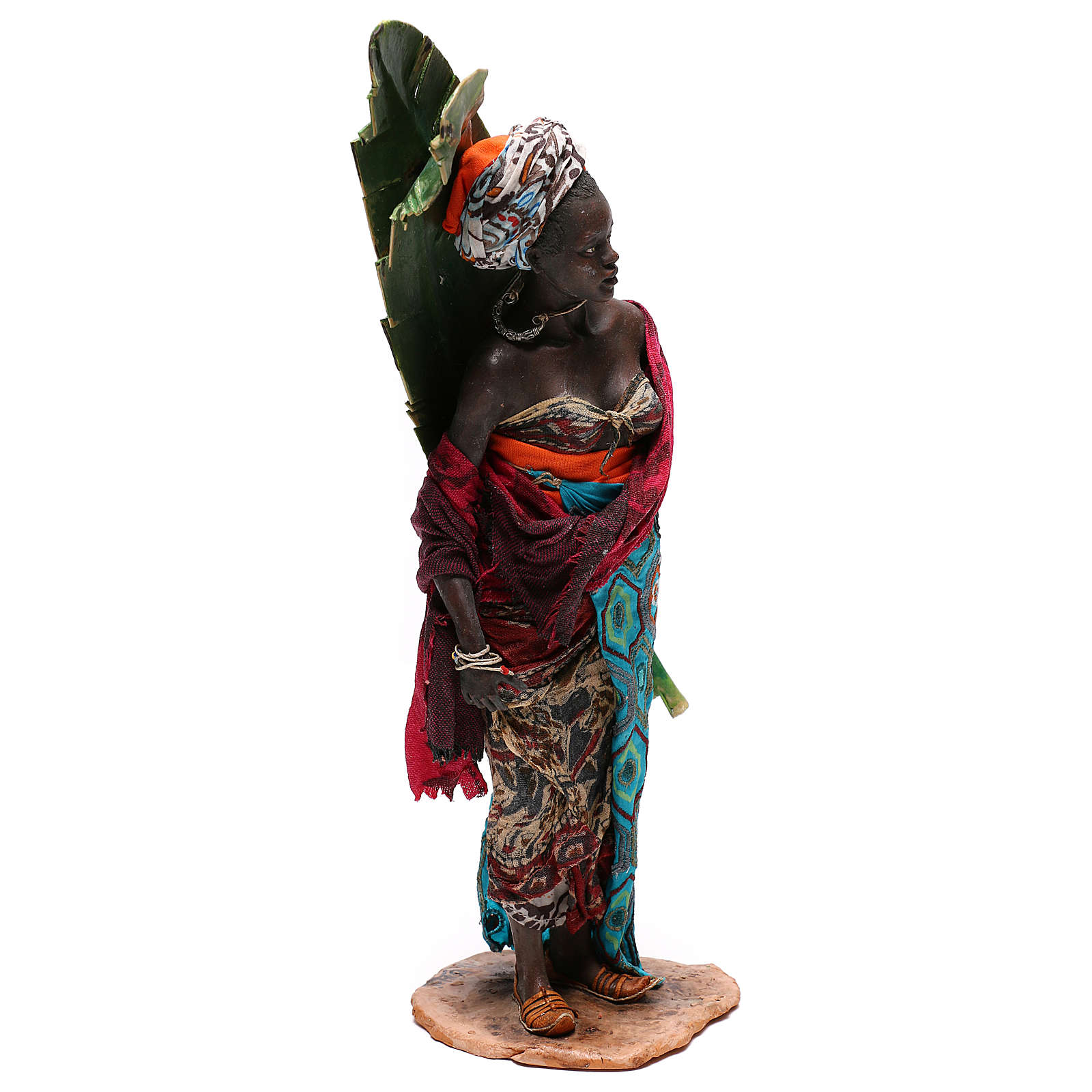 Woman with banana leaf, 30 cm Tripi Nativity Scene 4