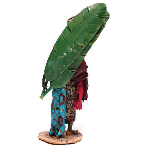 Mujer con hojas de plátano 30 cm belén Tripi 7