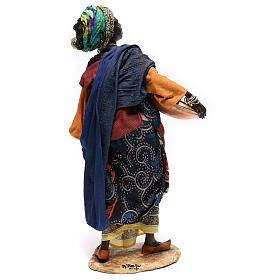 Mujer con escudilla 30 cm creación Angela Tripi s4