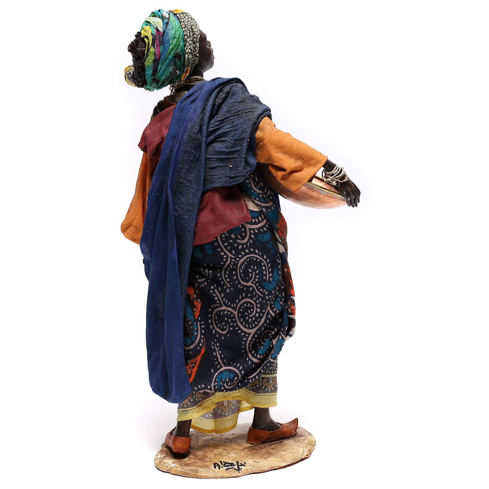 Donna con ciotola 30 cm creazione Angela Tripi 4