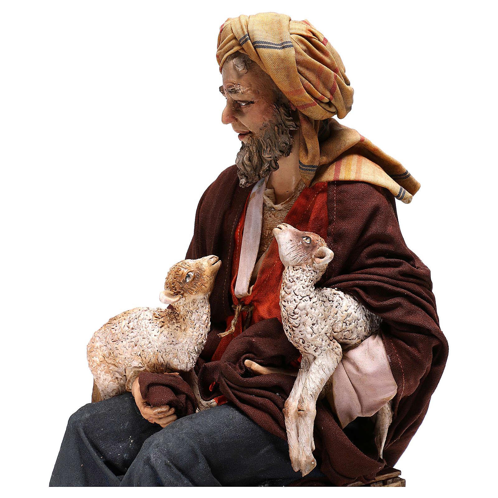 Berger assis avec moutons crèche Tripi 30 cm 4