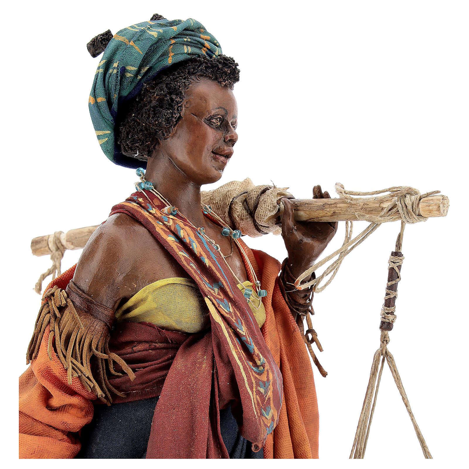 Donna con bilancia 30 cm atelier Angela Tripi 4