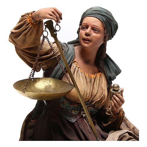 Donna con bilancia 30 cm atelier Angela Tripi 2