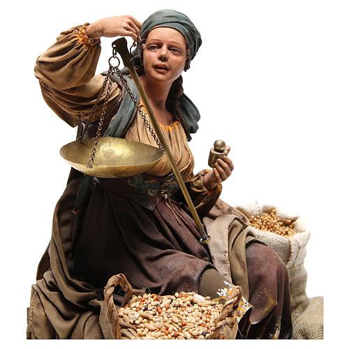 Donna con bilancia 30 cm atelier Angela Tripi 5