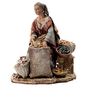 Nativity scene figurine, woman selling spices by Angela Tripi 13 cm s1