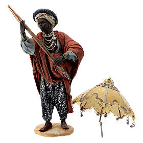 Nativity scene figurine, servant with umbrella 18 cm by Angela Tripi s8