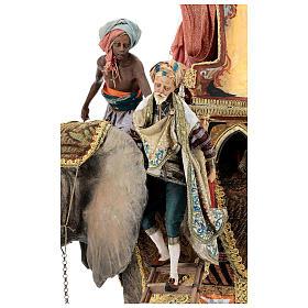 Cena chegada do Rei Mago Melchior Presépio Angela Tripi figuras altura média 30 cm s2