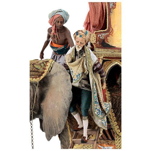 Cena chegada do Rei Mago Melchior Presépio Angela Tripi figuras altura média 30 cm 2
