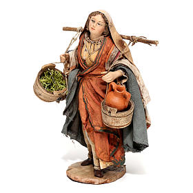 Nativity scene figurine, Woman with jars and vegetables by Angela Tripi 13 cm s3