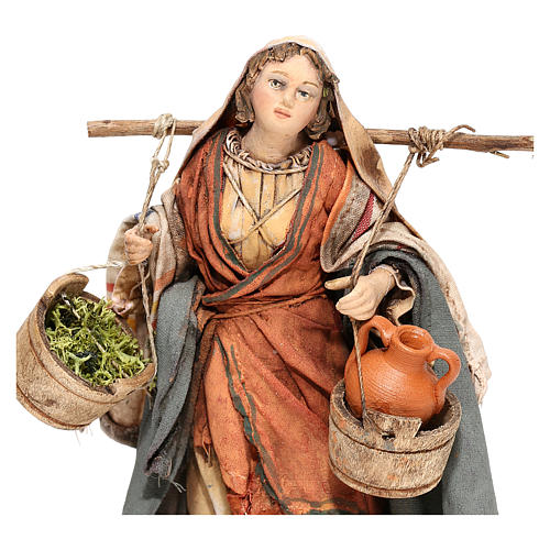 Nativity scene figurine, Woman with jars and vegetables by Angela Tripi 13 cm 2