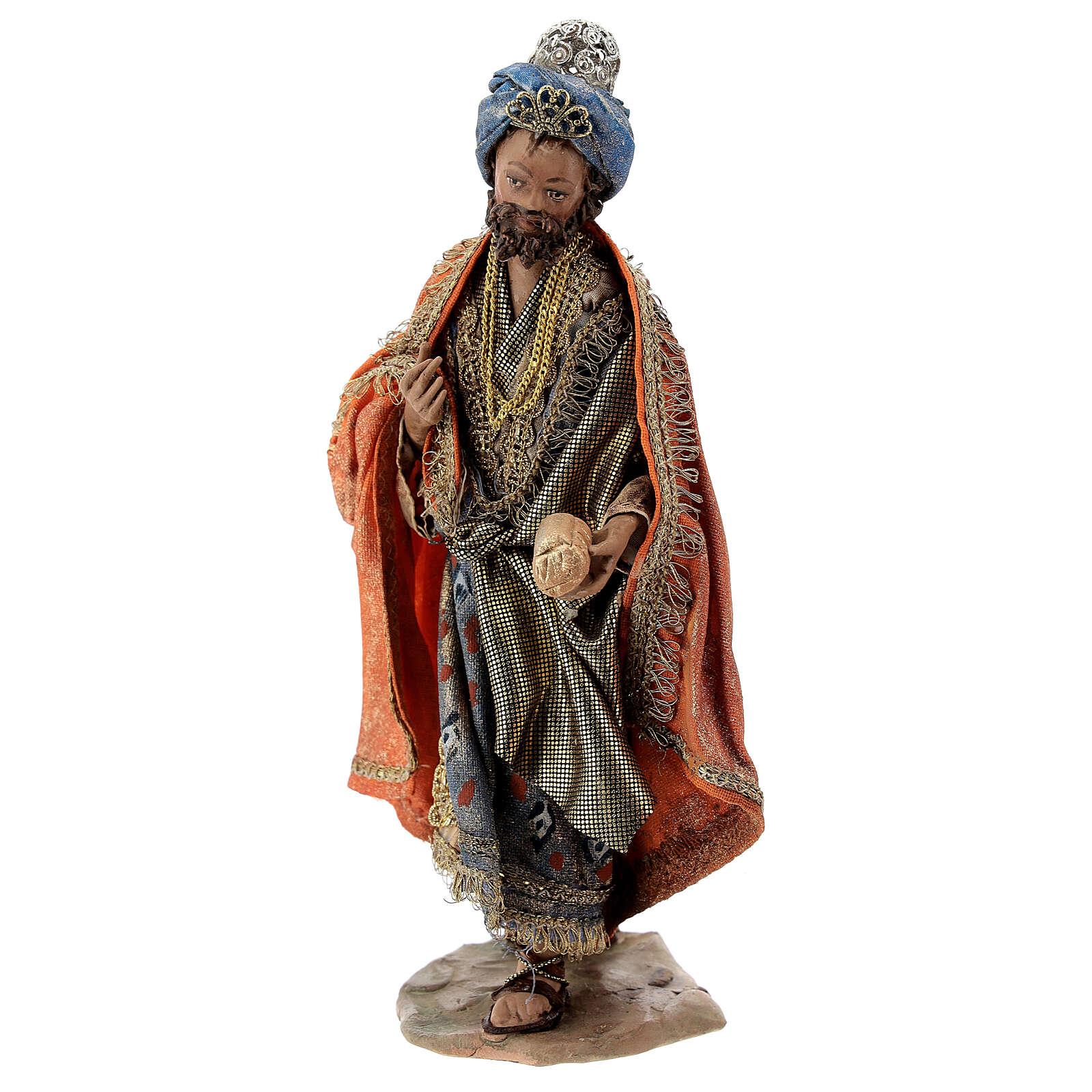 Nativity scene figurine, Standing King with gift by Angela Tripi 13 cm 4