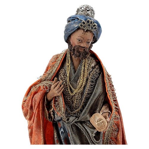 Nativity scene figurine, Standing King with gift by Angela Tripi 13 cm 2