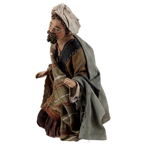 Nativity scene figurine, Amazed shepherd by Angela Tripi 13 cm 3