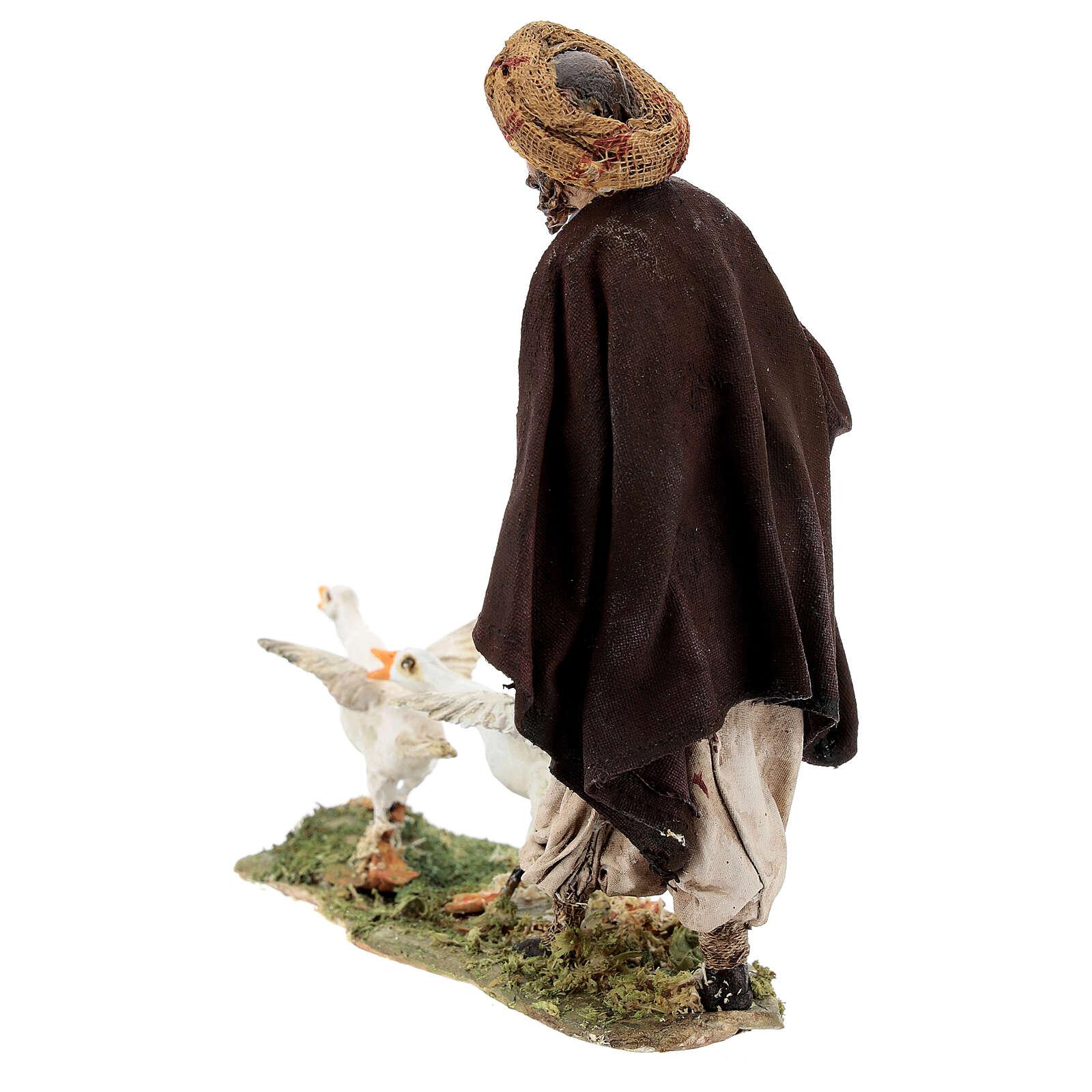 Homme avec oies 13 cm Angela Tripi 4