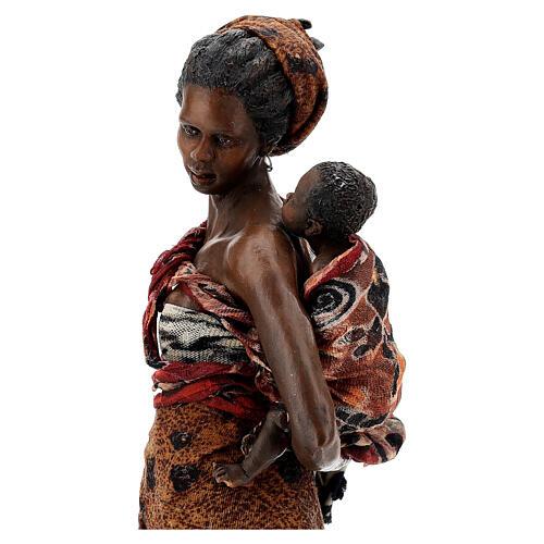 Femme maure avec enfant à bras 30 cm Tripi 2