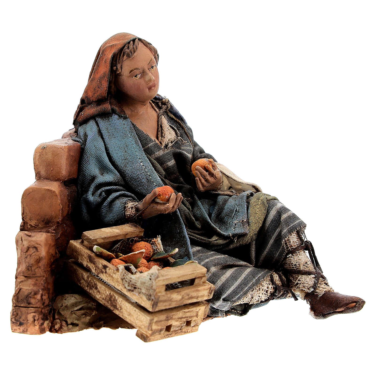Woman against wall, 13 cm Tripi nativity 4
