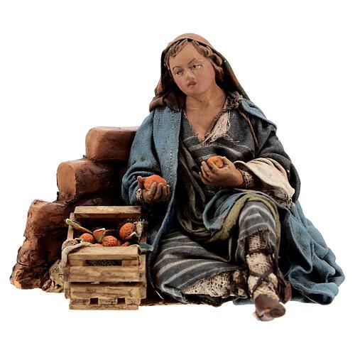 Woman against wall, 13 cm Tripi nativity 1