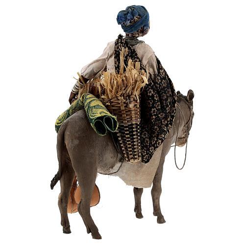 Femme maure sur âne 18 cm crèche Angela Tripi 8