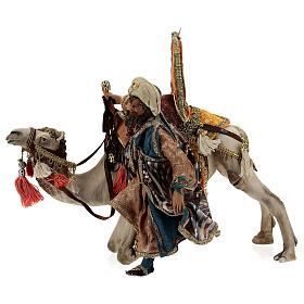 Magi coming down from camel, 13 cm Tripi nativity s1