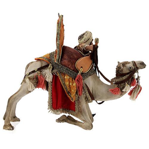 Magi coming down from camel, 13 cm Tripi nativity 5
