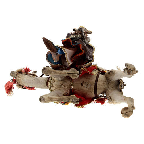 Magi coming down from camel, 13 cm Tripi nativity 9