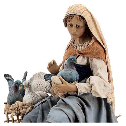 Donna con colombe 30 cm, Tripi 2