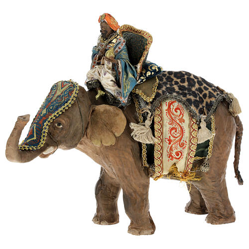 Rey Mago moreno y elefante 13 cm Angela Tripi 1