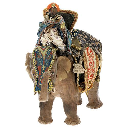 Rey Mago moreno y elefante 13 cm Angela Tripi 3