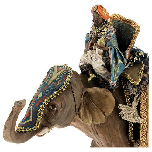 Rey Mago moreno y elefante 13 cm Angela Tripi 5