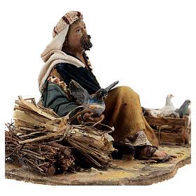 Pastore seduto con colombe 13 cm presepe Tripi s2