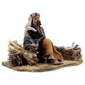 Pastore seduto con colombe 13 cm presepe Tripi s5