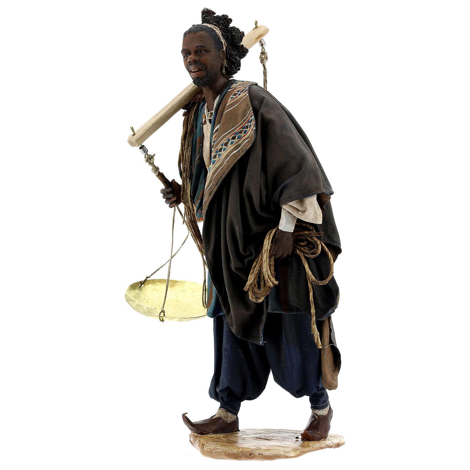 Moor slave with scale Angela Tripi Nativity Scene 30 cm 4