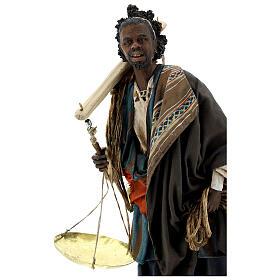 Moor slave with scale Angela Tripi Nativity Scene 30 cm s2