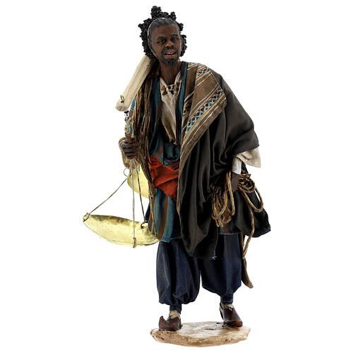 Moor slave with scale Angela Tripi Nativity Scene 30 cm 1