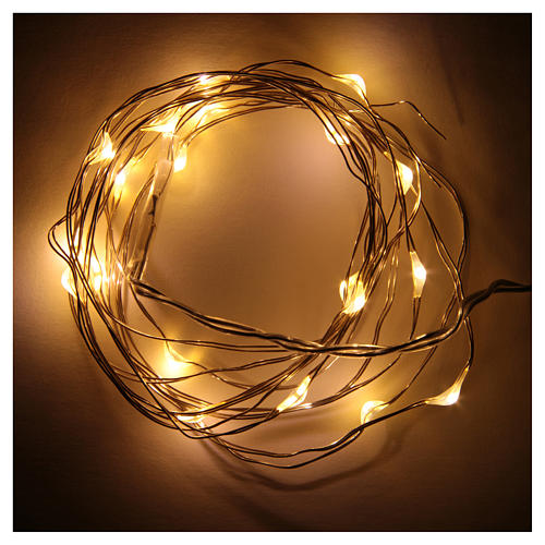 Luces de Navidad 20 LED tipo gota color blanco cálido con baterías y cable a vista 2