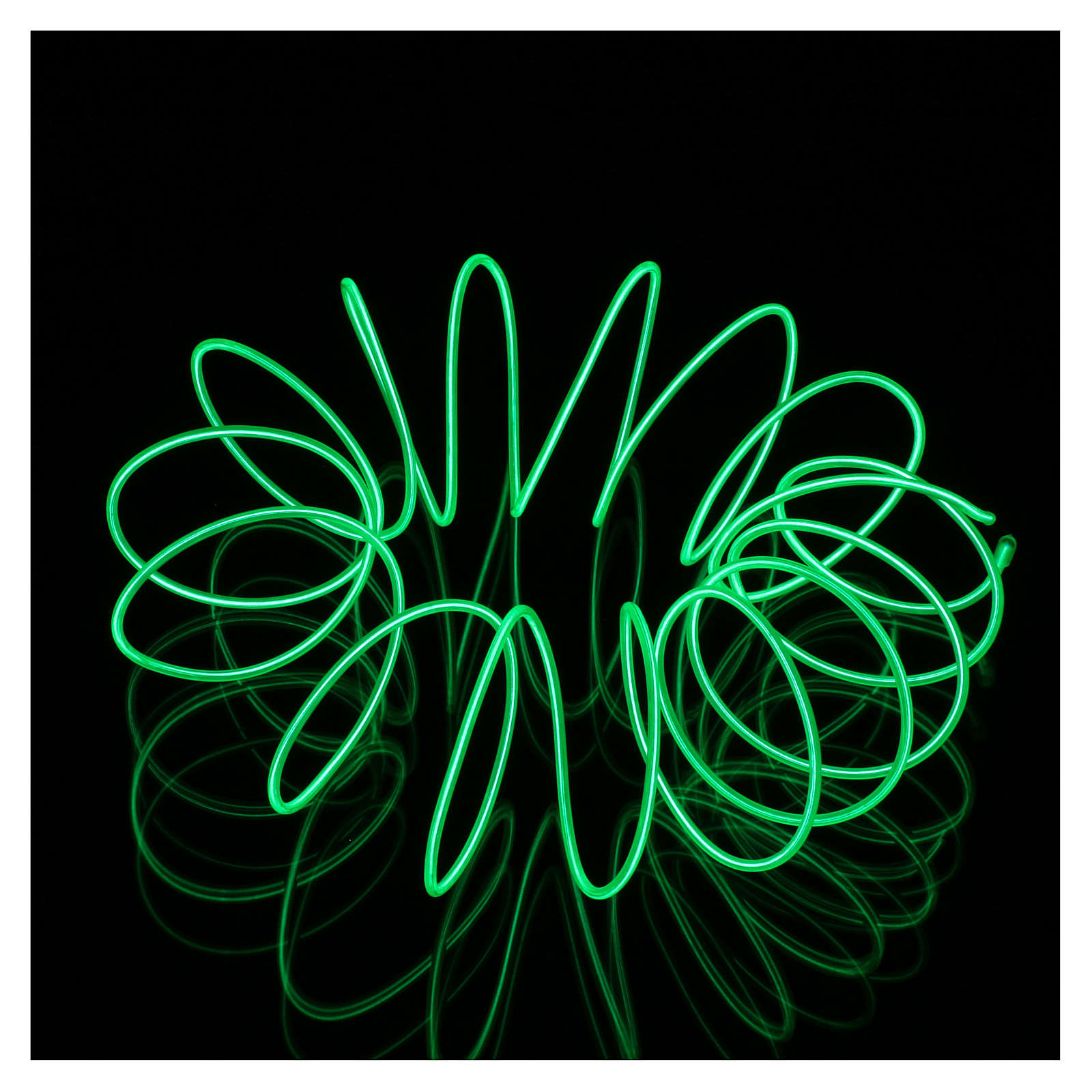 Mini mouldable green neon light with plays of light 2.7 m battery 3