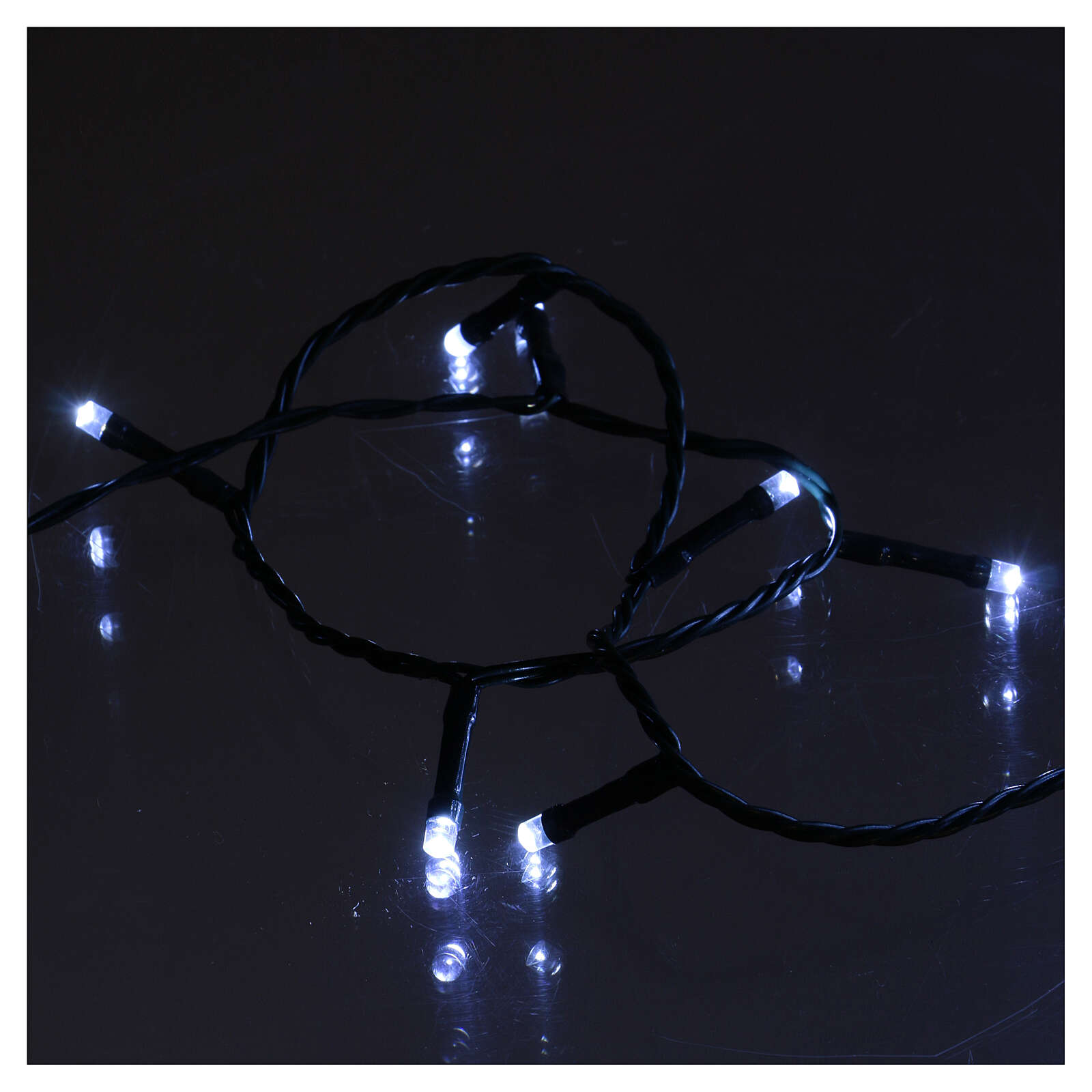 Chain with 1200 ice white LED lights with Memory and App 3