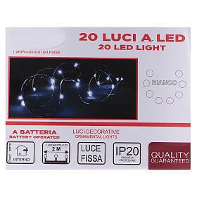 20 drop Christmas LEDs light in white, battery powered s3