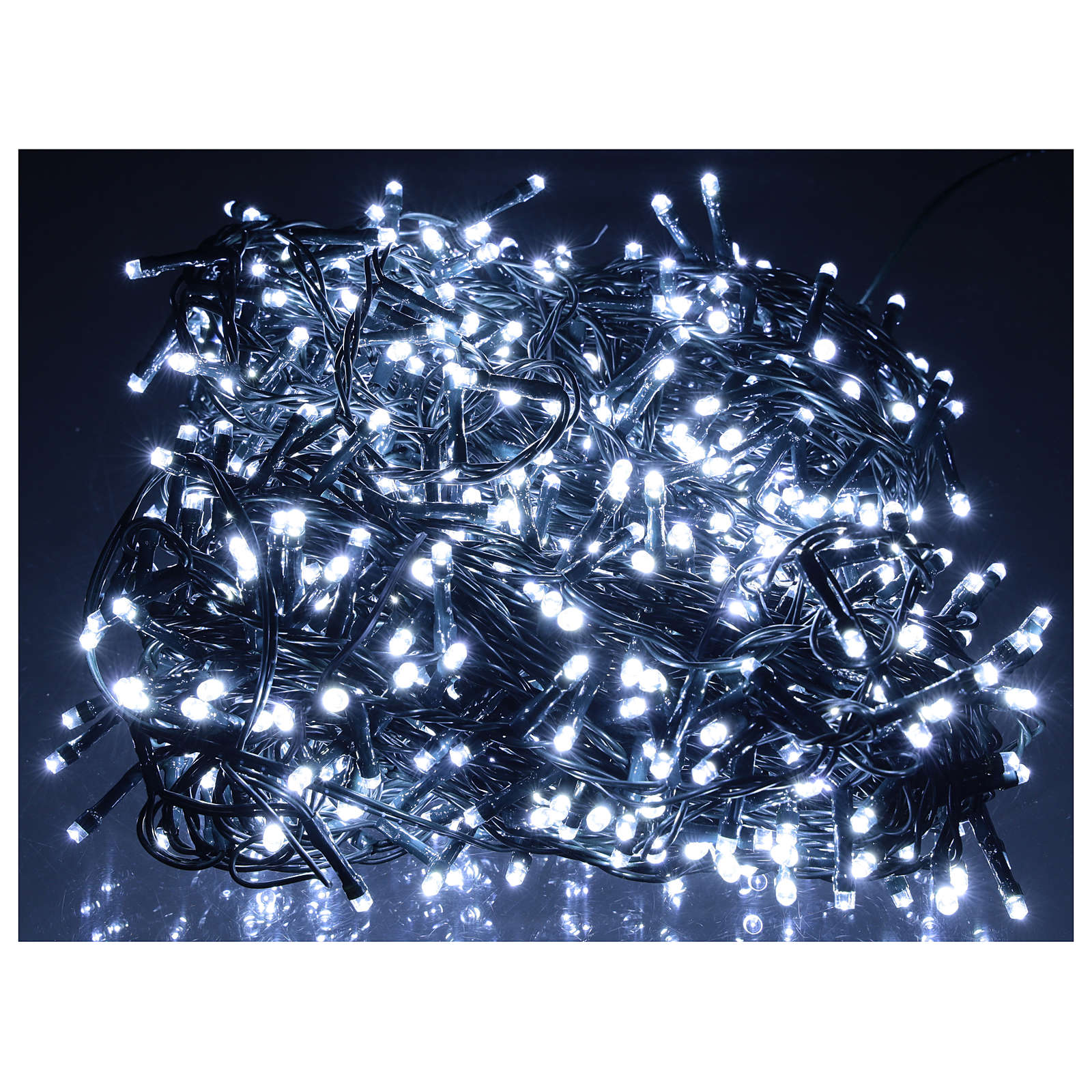 Chain lights, 800 LEDS bright cold white electric powered 3