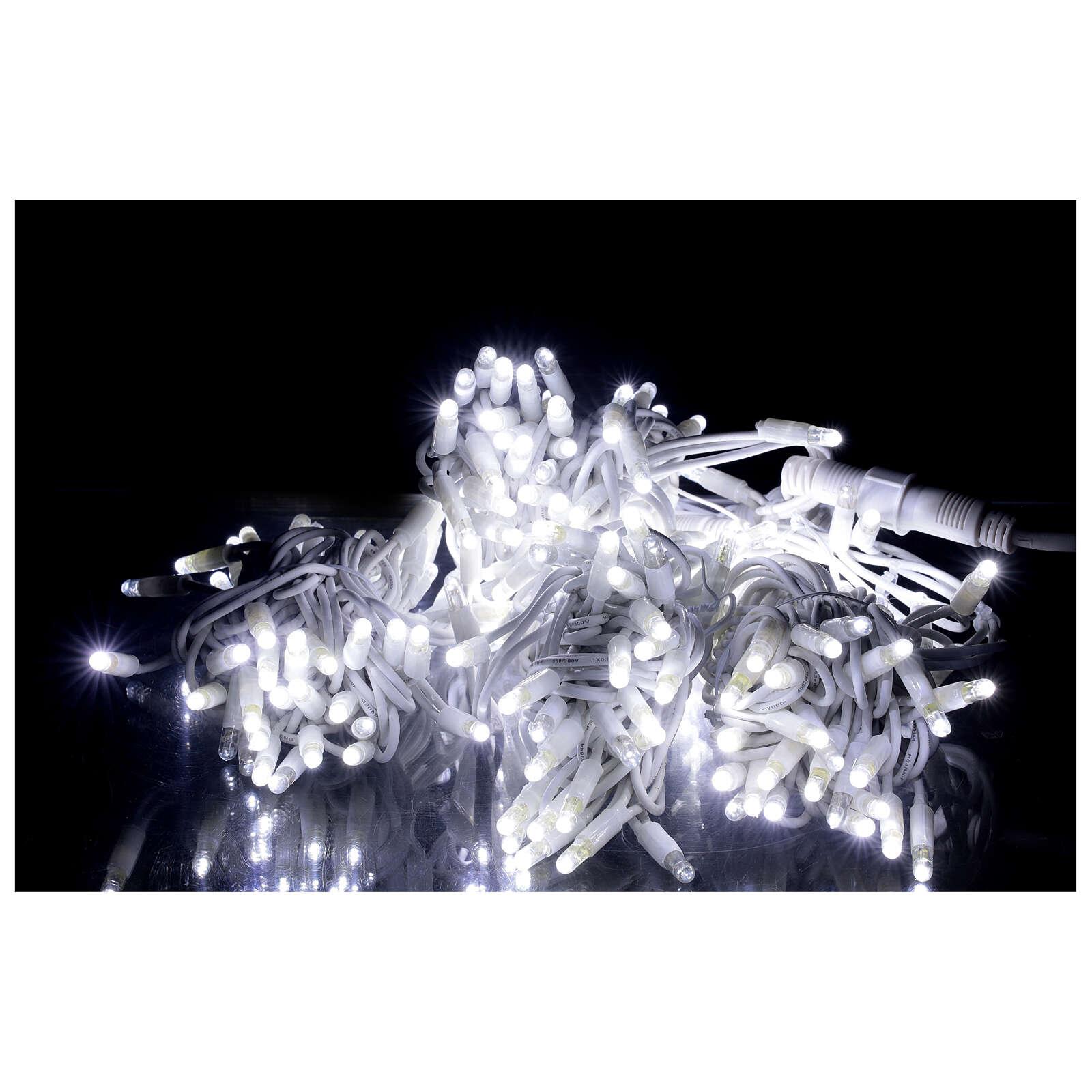Catena 200 led ultraluminosi bianchi 40 ministrobo 20 mt int est corrente 3