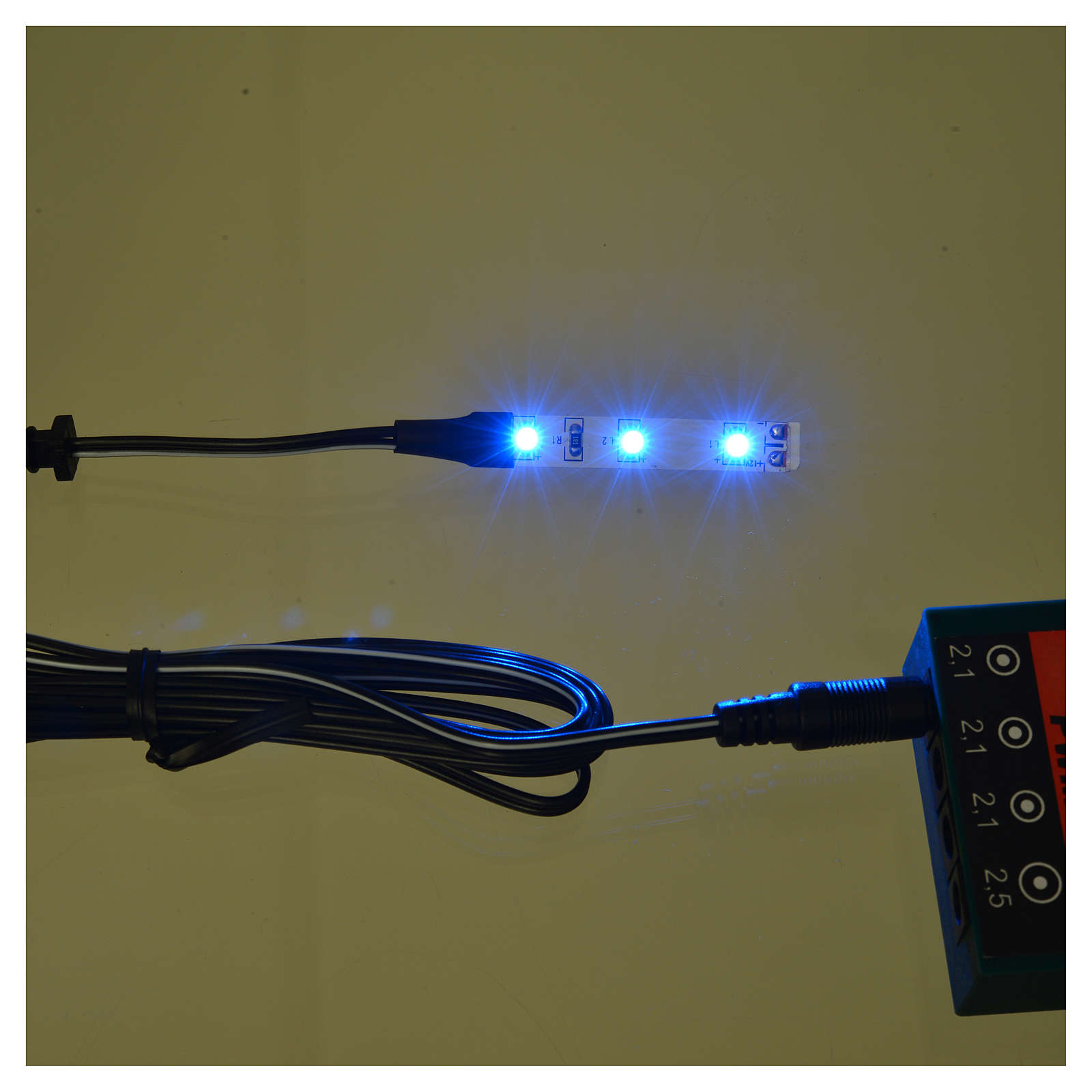 LED strip with 3 lights 0,8x4cm, blue for Frisalight 4