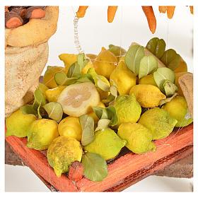 Banc du fruitier en cire en miniature 20x27x44cm s7