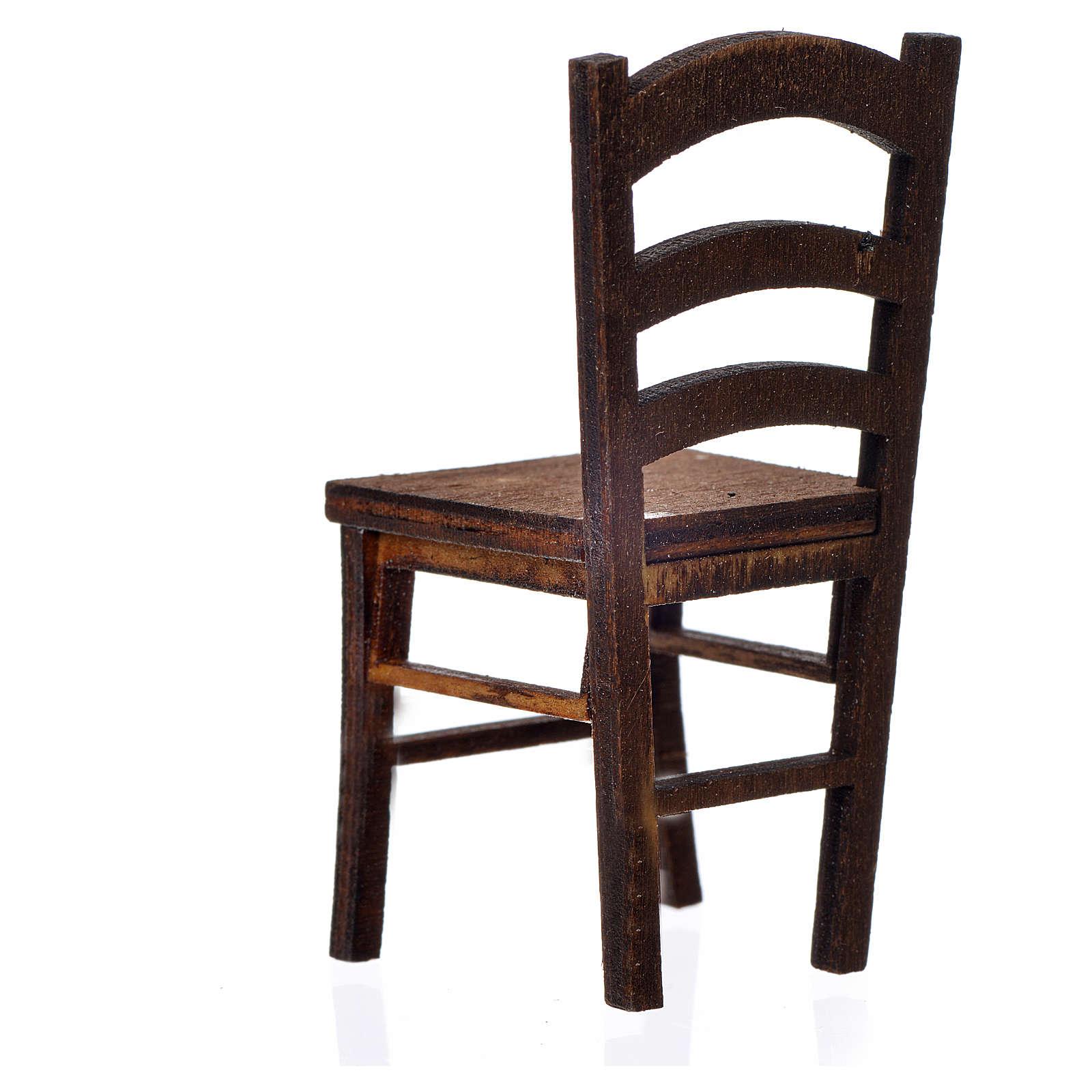 Chaise en bois en miniature 6,5x3x3 4