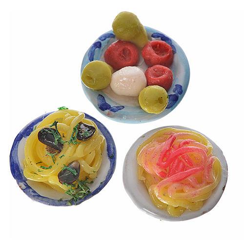 Piatto terracotta con pasta condimenti assortiti cera diam 2,5 2