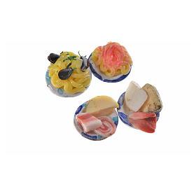 Assiettes rondes avec nourriture pour crèche 1,5 cm s5