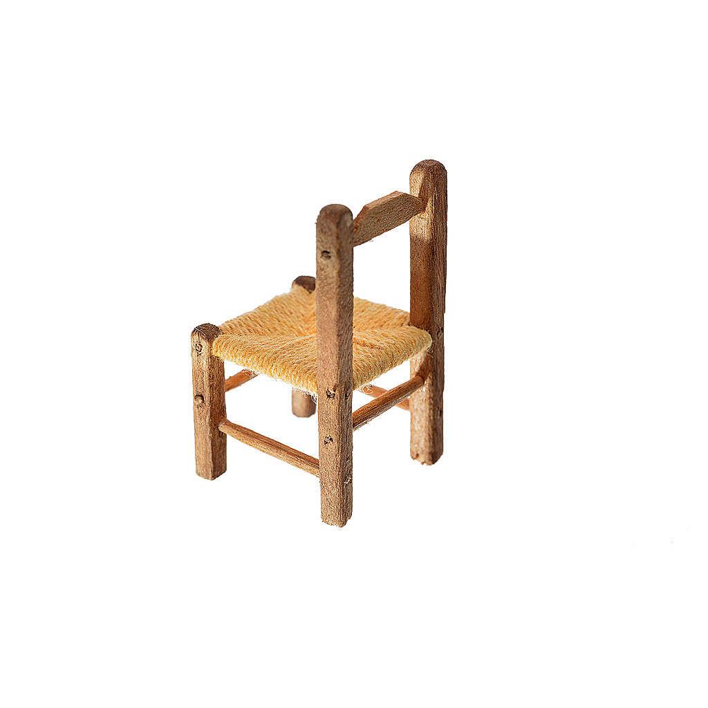 Mini chaise paillée en bois 4x2,5x2,5cm 4