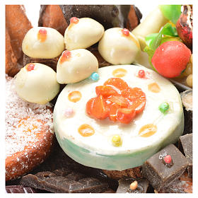 Nativity accessory, table with cakes in wax 20.5x20x13cm s5