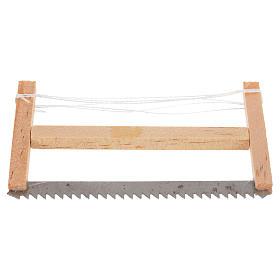 Serra de lenhador para presépio 6,5x4 cm s1