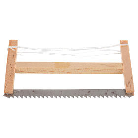 Woodcutter hacksaw, nativity accessory 6.5x4cm s1